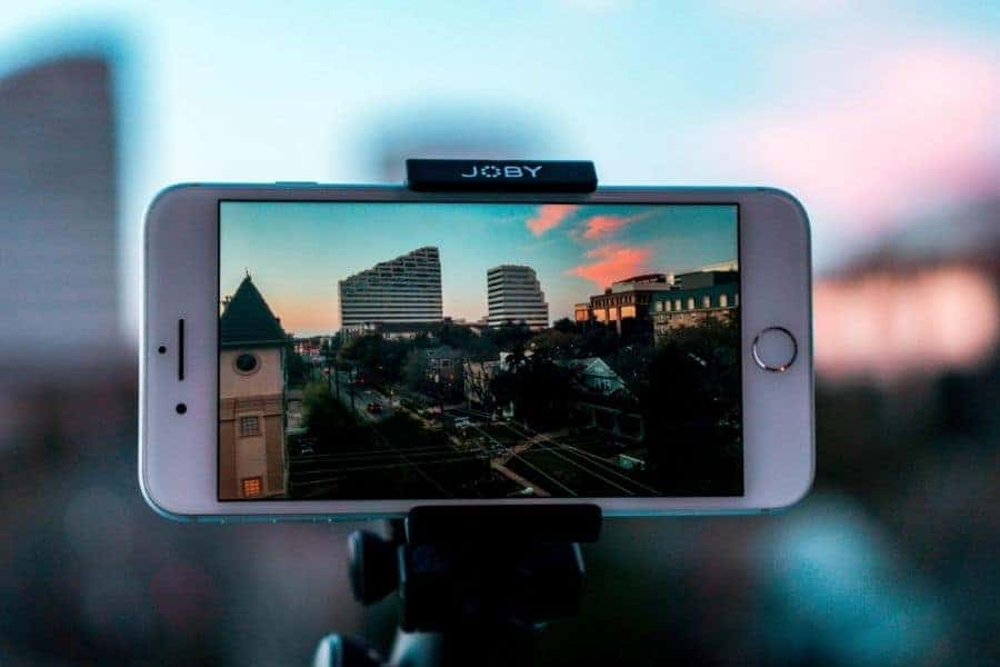 Smartphones are perfect for simple video content