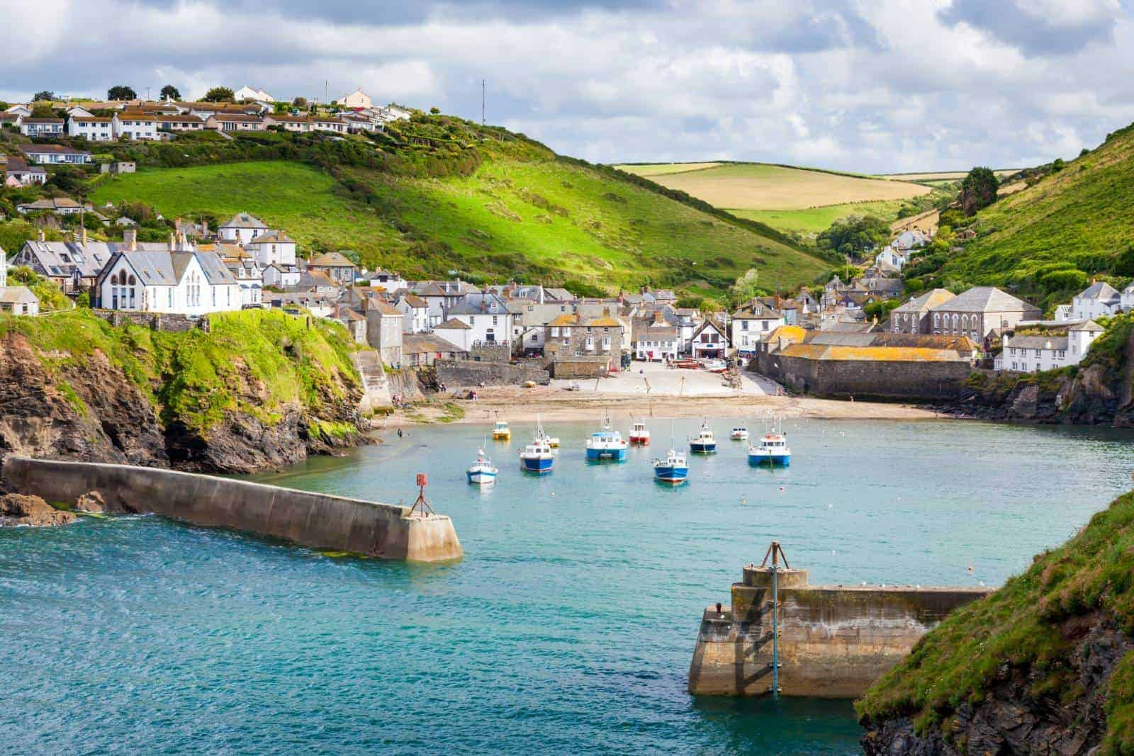 Social media services in Cornwall